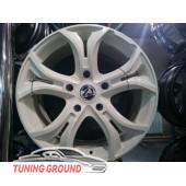 Литые диски Dizzard 5*150 R18 Белые